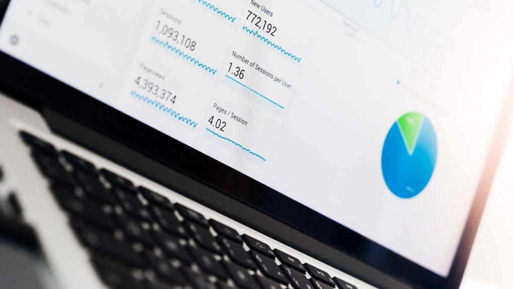 《マーケティング系やリサーチ系等のWEBサービス開発》#フロントエンジニア #フルフレックス