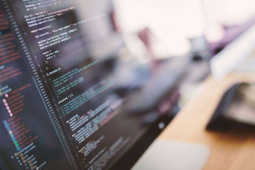 【Python】IoTやAI導入を支援している開発企業にて《機械学習エンジニア》募集